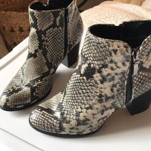 Style & Co Snakeskin Booties size 8.5